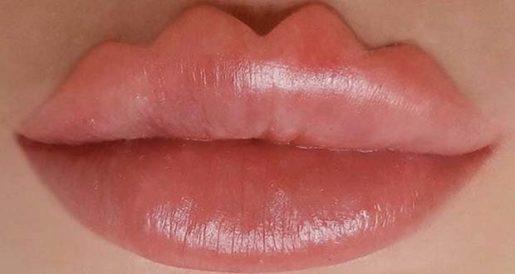 Новый тренд - губы дьявола